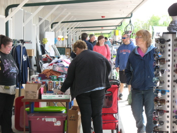 East Aurora Flea and Farmers Market- Open Year Round – Saturdays and Sundays – 8am to 5pm- Route 20A East of Route 400 in East Aurora, NY