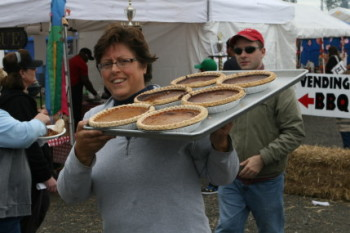 Great Pumpkin Farm – Pumpkin Pie Eating Contest- Oct 23, Pig Racing- Oct 22 & 23- Clarence, NY